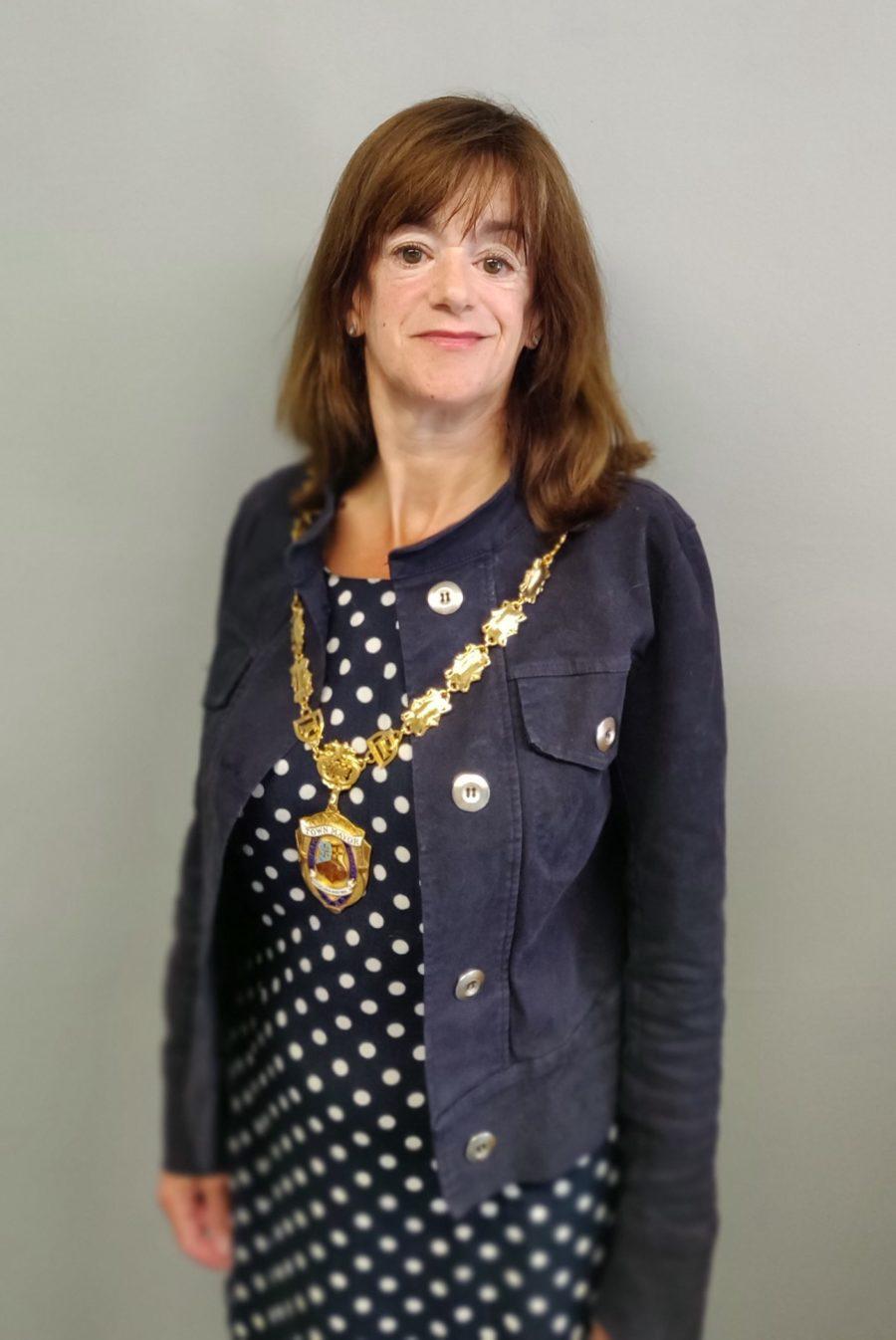A photo of the Mayor of Dawlish, Alison Foden
